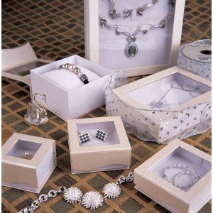 Luxurious Jewelry Boxes