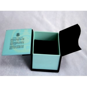 Foldable Cosmetic Box